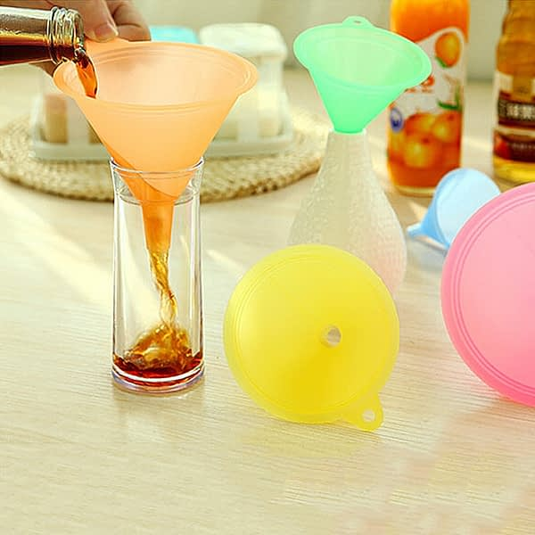 5 Pcs/Set 5 Size Candy Color Liquid Oil Funnel Liquid Transfer Funnel Anti-fouling Durable Funnel Kitchen Lab Funnel Supplies